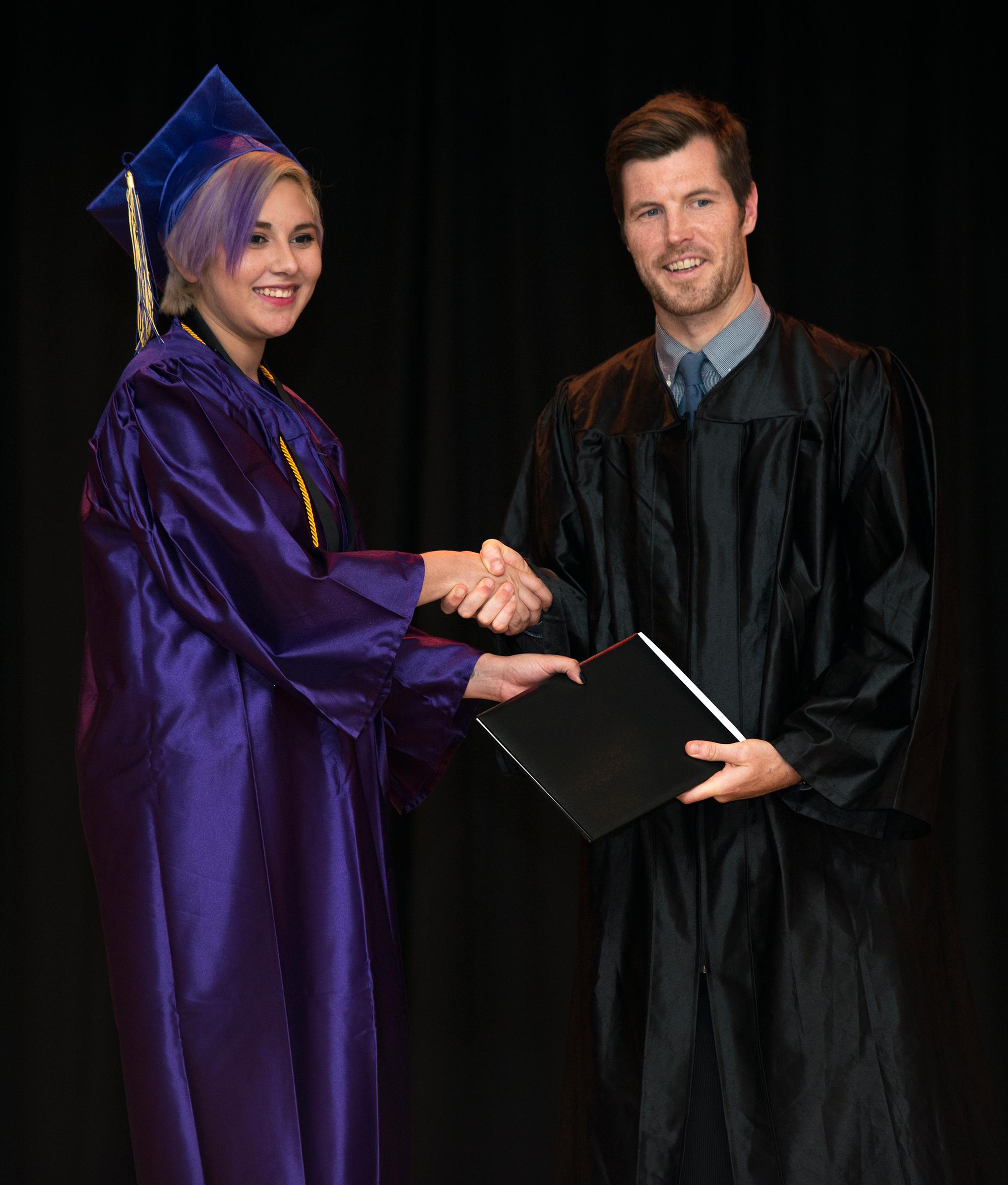 2016-graduation-16
