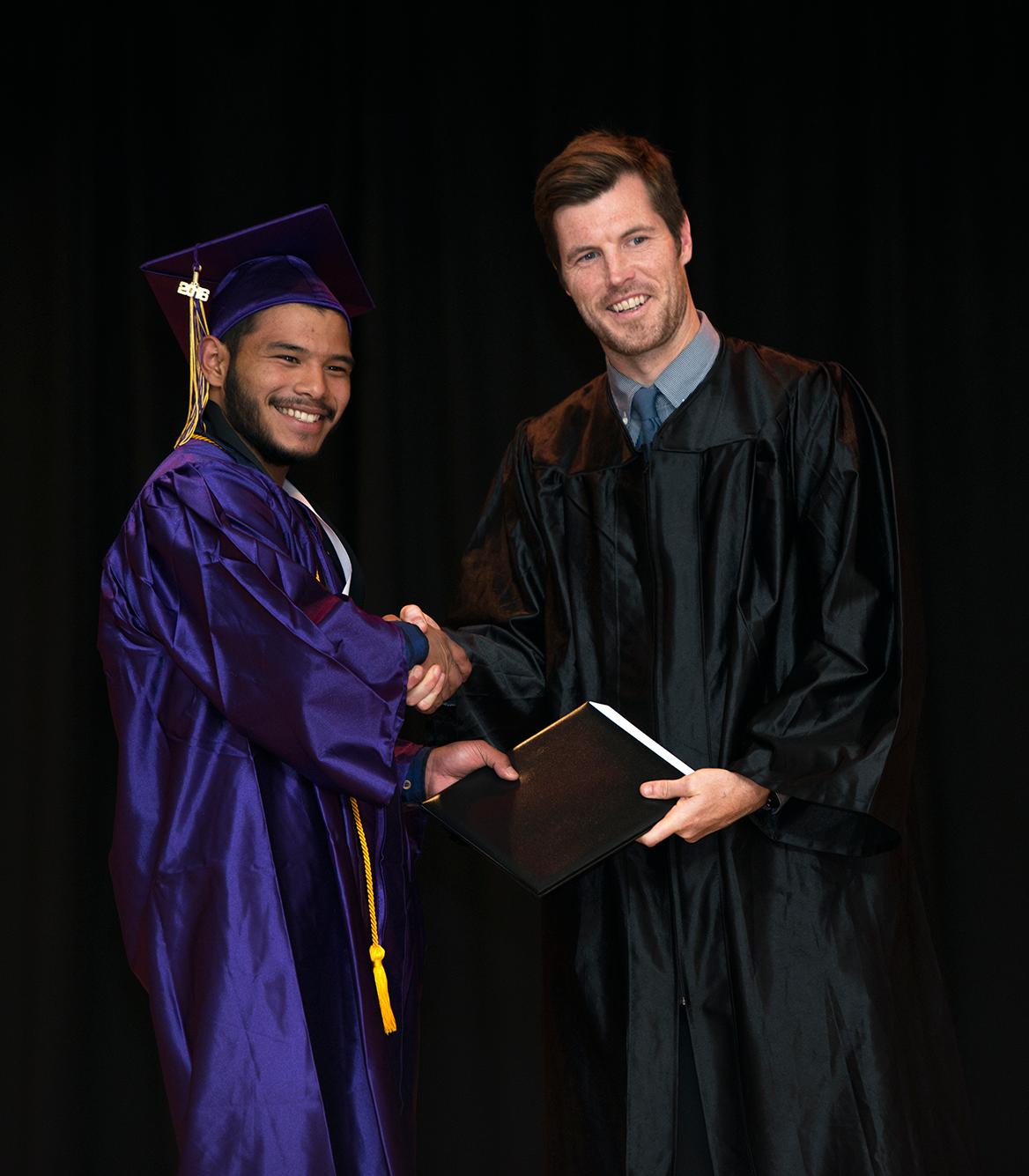 2016-graduation-17